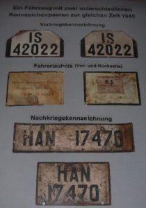Nummernschilder aus der Nachkriegszeit