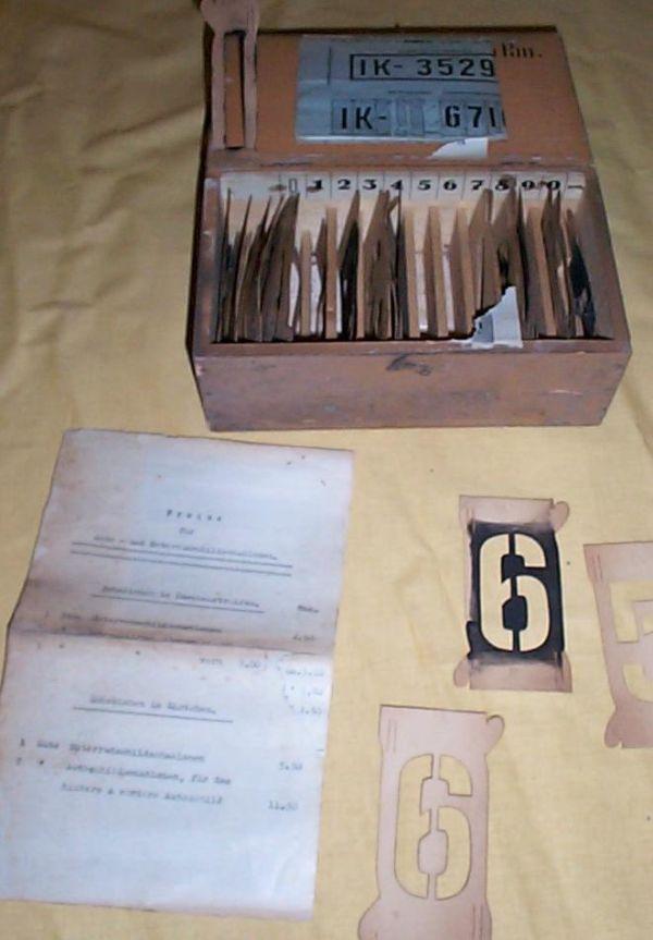 Alte Schablonen zur KFZ Kennzeichen Herstellung um 1930